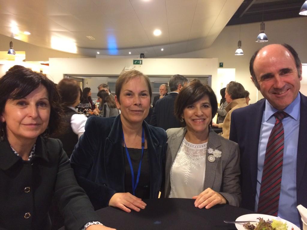 Con el vicepresidente Ayerdi, la Presidenta Barkos y la responsible de acción exterior del Gobierno Vasco Marian Elorza