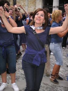 A mi también me tocó bailar en la plaza con mis vecinas y vecinos.