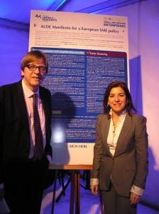 Con el presidente de nuestro grupo Guy Verhofstadt en el lanzamiento de la campaña europea para apoyar a las PYMES