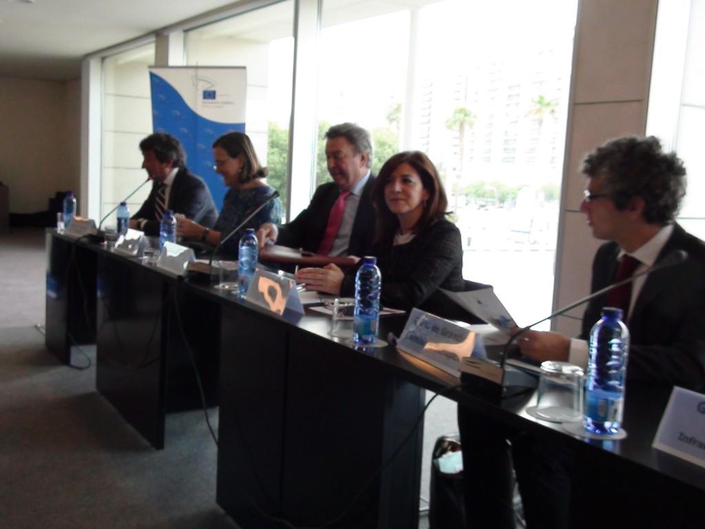 El seminario sobre redes transeuropeas se celebró en el palacio de congresos de Valencia