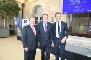 Andoni Ortuzar en la cumbre de los liberales y demócratas europeos en 2015 junto a Mark Rutte, presidente de Holanda.