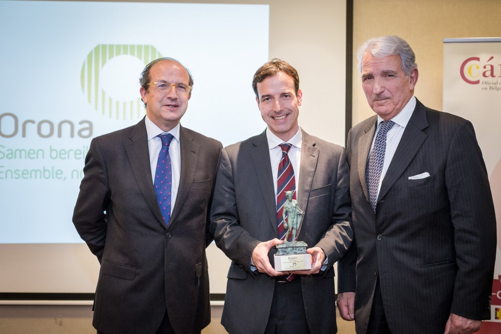 Daniel Calleja, Aitor Mendía y Juan Rodriguez Villa en el acto de entrega del premio de la Cámara de Comercio de España en Bruselas y Luxemburgo a la empresa Orona