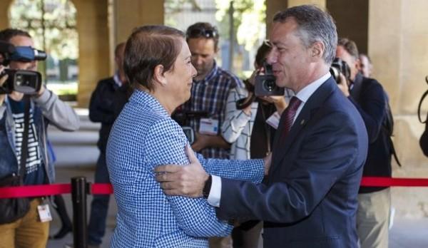 Los lehendakaris de Euskadi y Navarra en su primera reunión oficial tras la toma de posesión de Uxue barcos como presidenta de Navarra