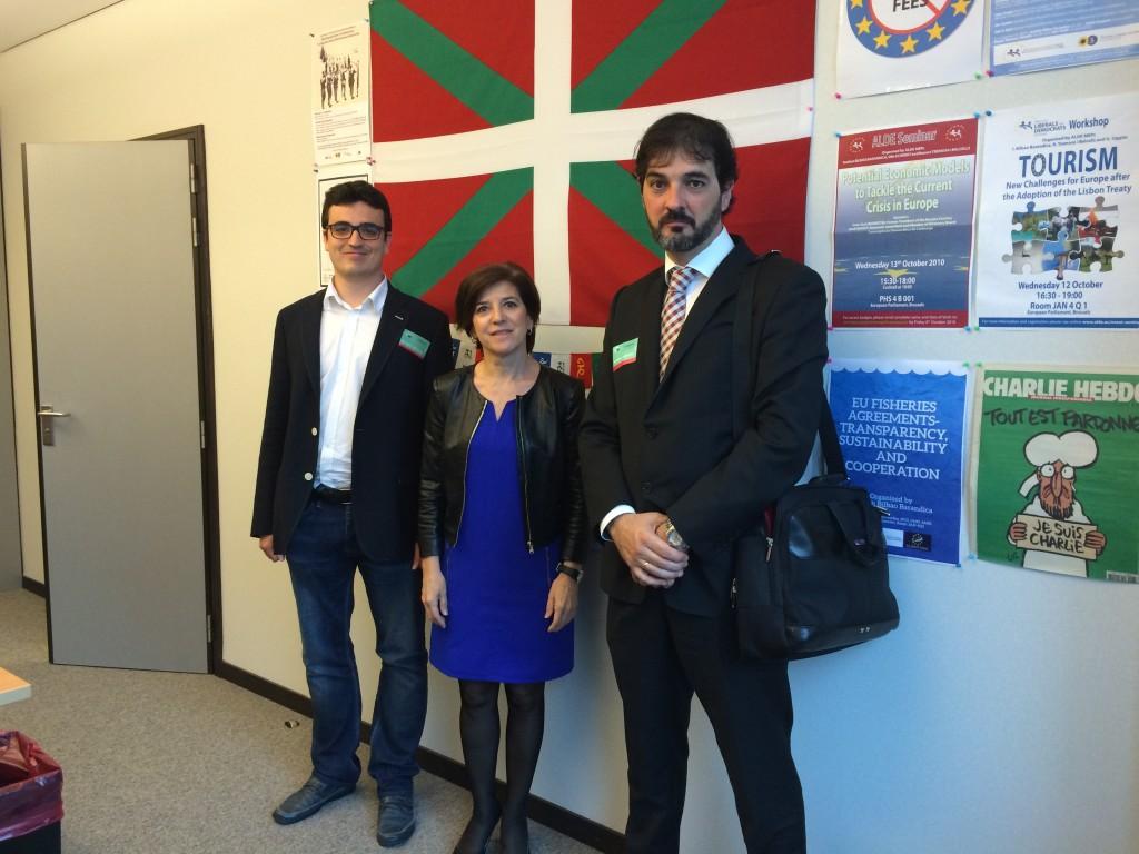 Reunión en Bruselas esta semana con los représentantes de la asociación de productores de energía fotovoltaica (Anpier)