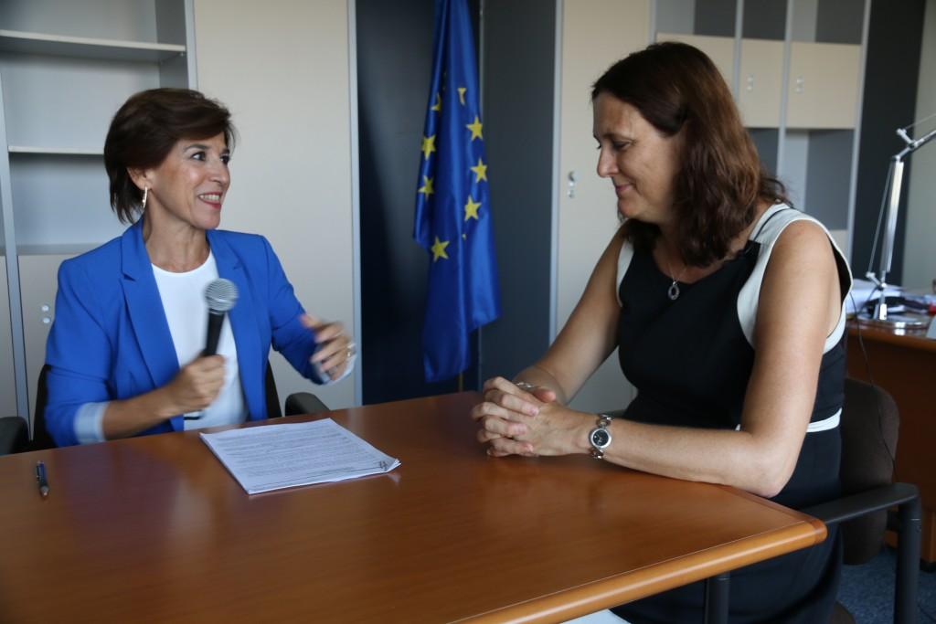 Con la Comisaria de Comercio Cecilia Malmström durante nuestra conversación sobre el TTIP